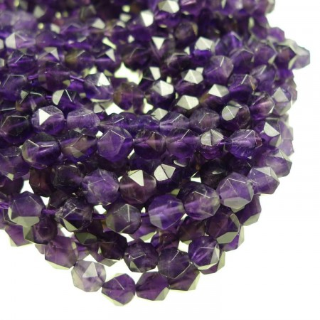 Perler i naturmaterialer
